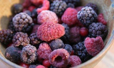 El contenido de vitaminas de frutas y verduras congelados es comparable a los frescos