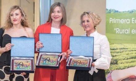 """Gran éxito de los Premios """"Rural en femenino"""" entregados en Granada"""