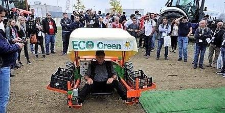 Ecogreen Italia presenta su línea Asparagus para la recolección de espárragos