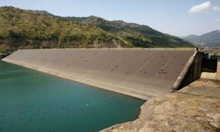 An application for predicting erosion in earth dams